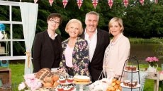 The Great Sport Relief Bake Off Episode 2
