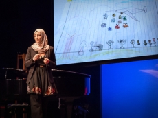 Aala El-Khani: What it's like to be a parent in a war zone